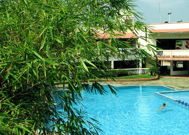 Mamalla beach resort - Beach resort in chennai with swimming pool ...